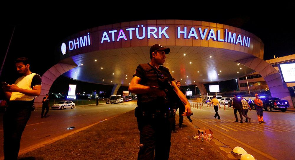 Terorakta vietā Ataturka starptautiskajā lidostā Stambulā.