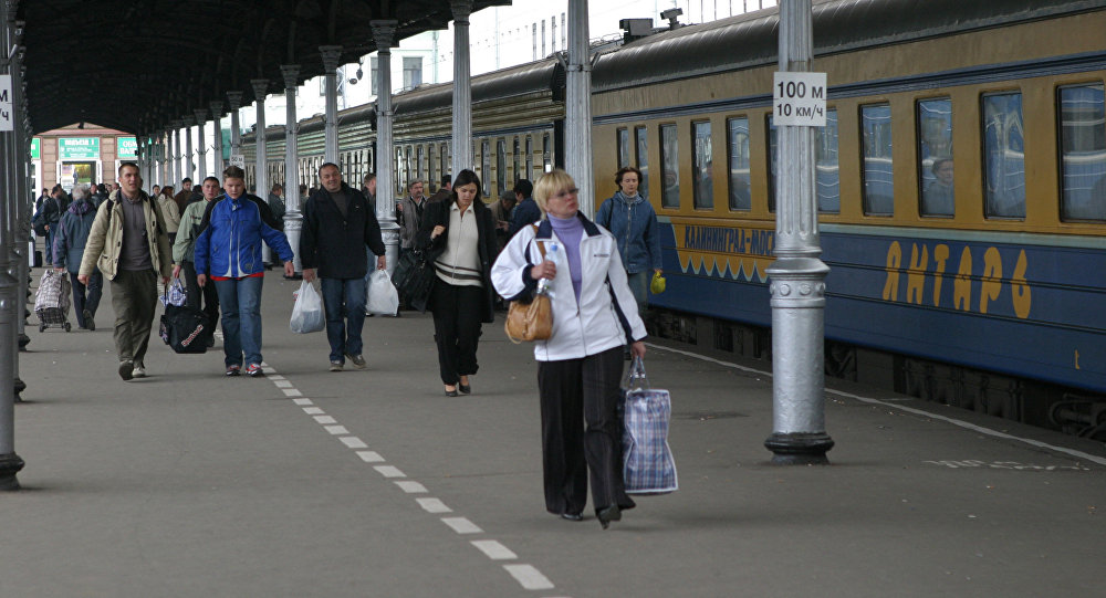 Фирменный российский поезд Янтарь. Архивное фото