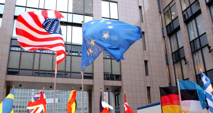 ASV un ES karogi Briselē. Foto no arhīva