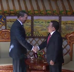 Встреча президента Латвии Раймондса Вейониса с монгольским коллегой Цахиагийном Элбэгдоржем