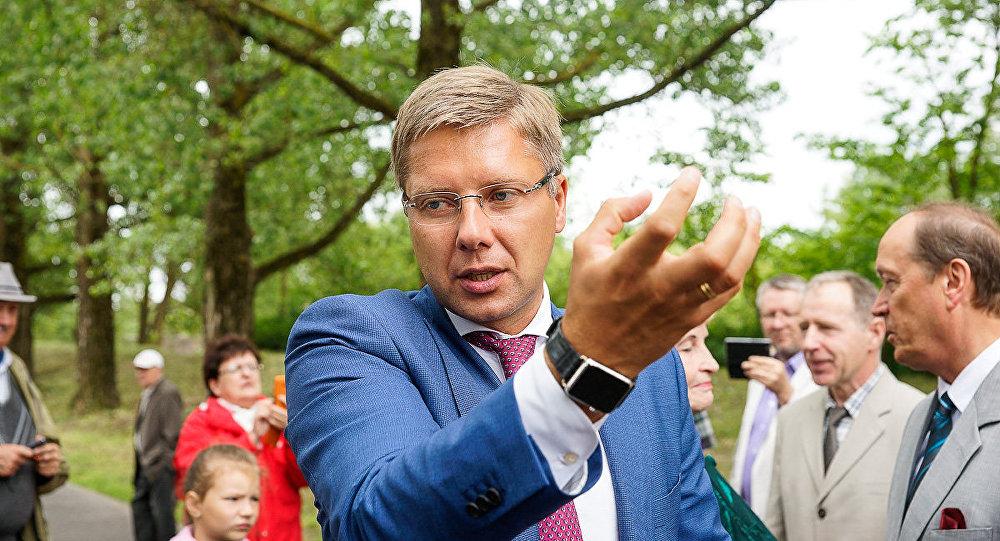 Мэр Риги пообещал незакрывать ниодной школы для нацменьшинств