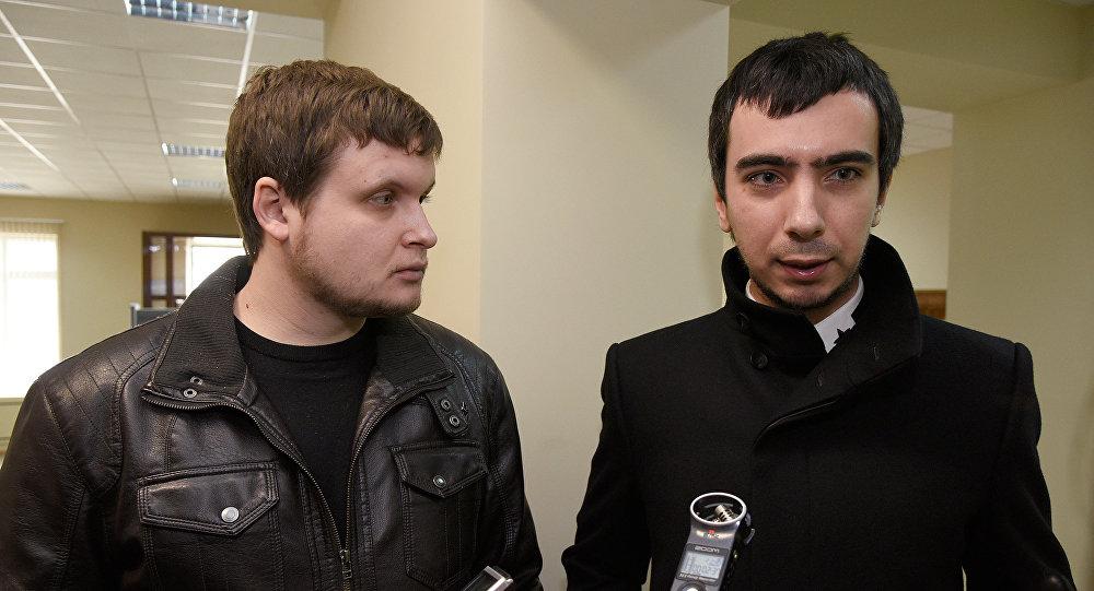 Prankeri Vovans (Vladimirs Kuzņecovs) un Leksuss (Aleksejs Stoļarovs). Foto no arhīva