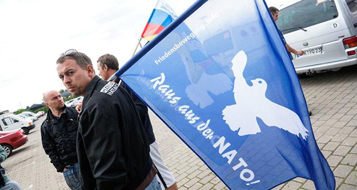 Участники автопробега Берлин - Москва - Минск - Берлин прибыли в Ригу