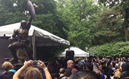 Юбилей Капитана Америка: бронзовую статую персонажа установили в Нью-Йорке