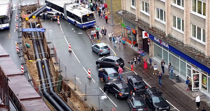 Троллейбус в Риге протаранил 8 машин