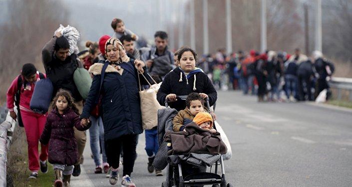 Migranti Maķedonijas un Grieķijas robežas rajonā. Foto no arhīva.