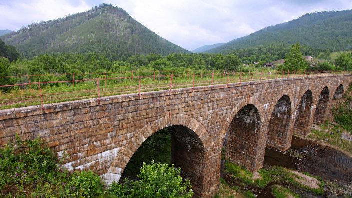 Старый мост в районе поселка Старая Ангасолка