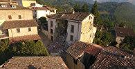 Осталось полгорода: итальянский Аккумоли после землетрясения. Съемка с дрона