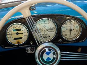 Приборная панель кабриолета BMW