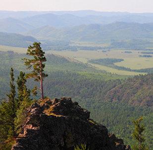 Panorāma no Alahanajas kalnu masīva