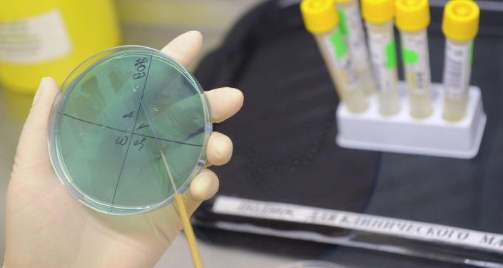 Latviešu zinātnieki piedalās jaunas vēža ārstēšanas metodes izstrādē