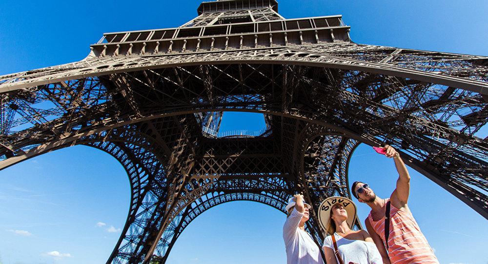 Eifeļa tornis. Parīze. Foto no arhīva