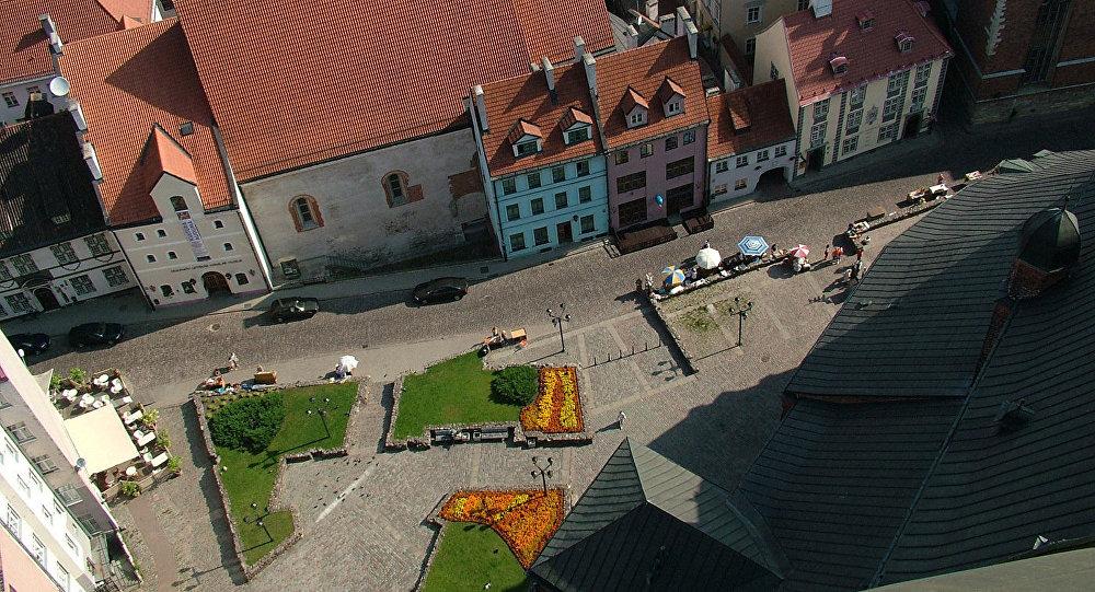 Сквер возле Рижской церкви Св. Петра