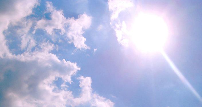 Saule debesīs. Foto no arhīva