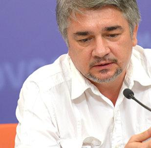 Vēsturnieks, politologs Rostislavs Iščenko