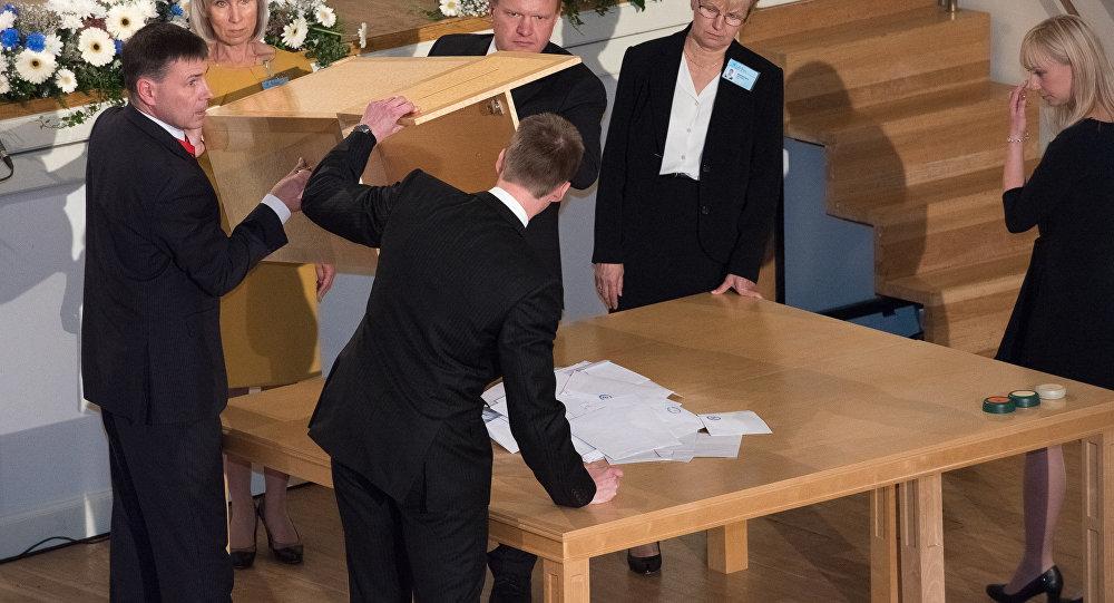Igaunijas prezidenta kandidāti atsaukuši savas kandidatūras