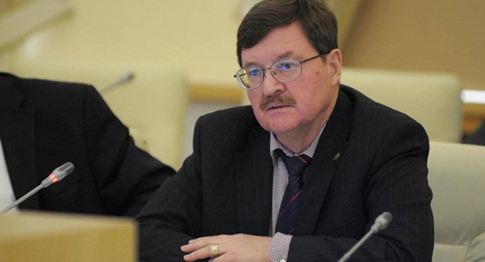 Архивное фото главного советника Российского института стратегических исследований Владимира Козина