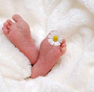 Latvijā katru otro bērnu adoptē ārzemnieki. Foto no arhīva