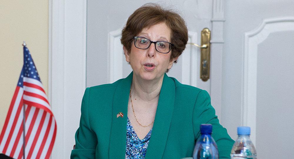 Посол США в Латвии Нэнси Бикофф-Петтит