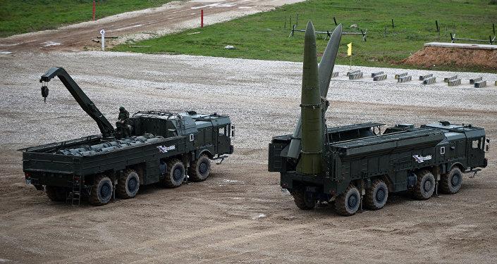 Raķešu kompleksu Iskander-М . Foto no arhīva