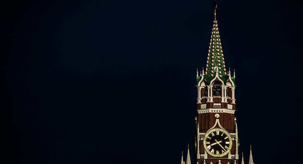 Spasska tornis Sarkanajā laukumā Maskavā. Foto no arhīva