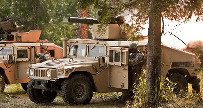 Военная техника НАТО на полигоне в Тапа