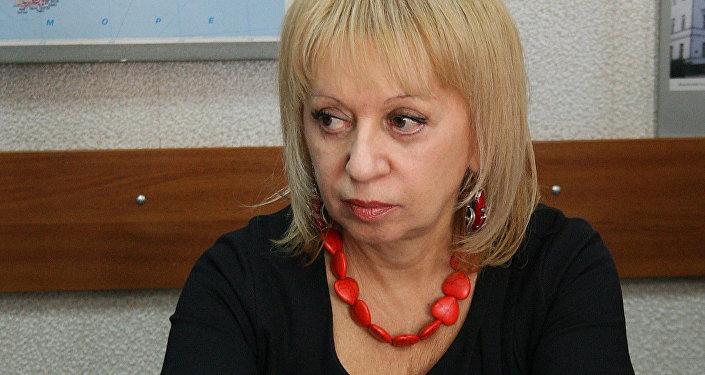 Starptautiskās informācijas aģentūras Rossija segodņa darbiniece Ella Taranova