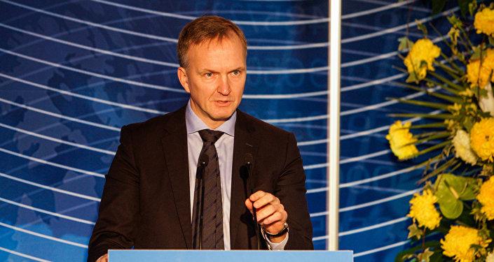 Госсекретарь Министерства иностранных дел Андрейс Пилдеговичс во время выступления на Балтийском форуме