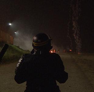Policijas un migrantu sadursmes Kalē