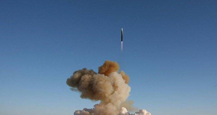 Raķetes UR-100N UTTH palaišana