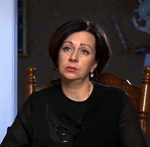 Pilota Peškova atraitne tiksies ar Turcijas ārlietu ministru