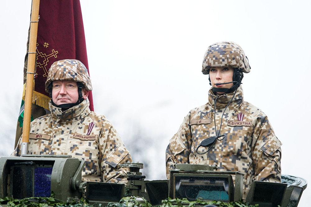 Latvijas Republikas proklamēšanas 98. gadadienai veltītā parāde