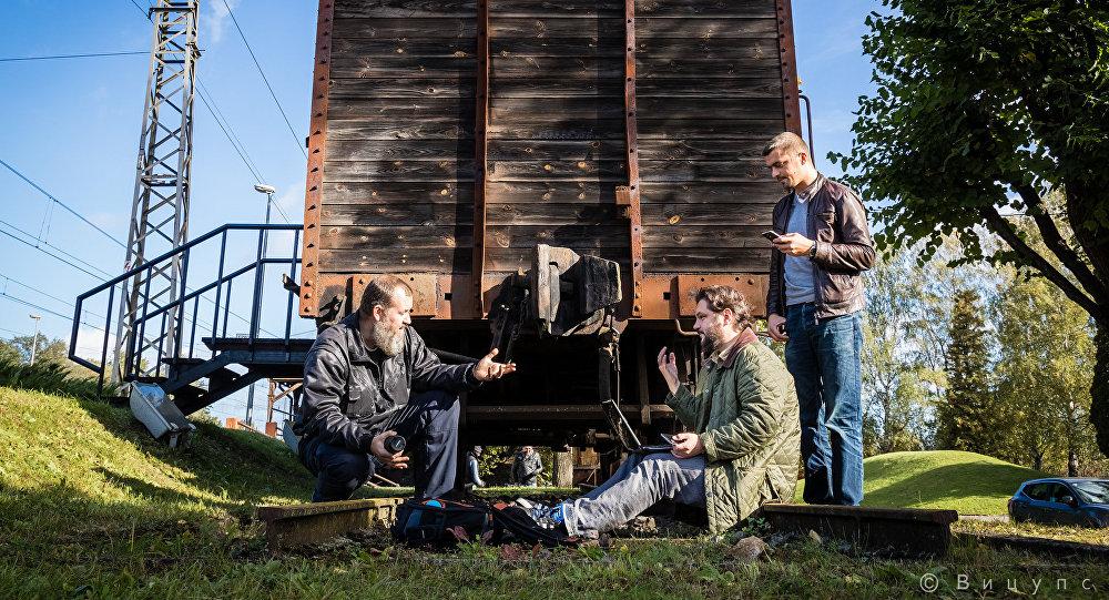 Roberts Vīcups (no kreisās), Valentīns Rožencovs un Aleksejs Stetjuha