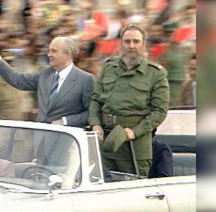Sputnik videomateriālā – arhīva kadri ar Kubas revolūcijas harizmātisko līderi.