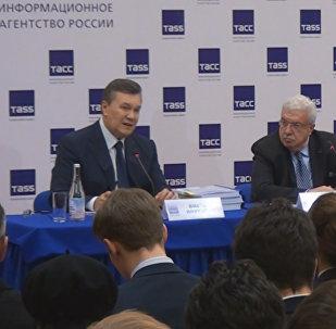 Janukovičs par Maidanu: vieni pataisīti par varoņiem, citi kusiņām aprakti
