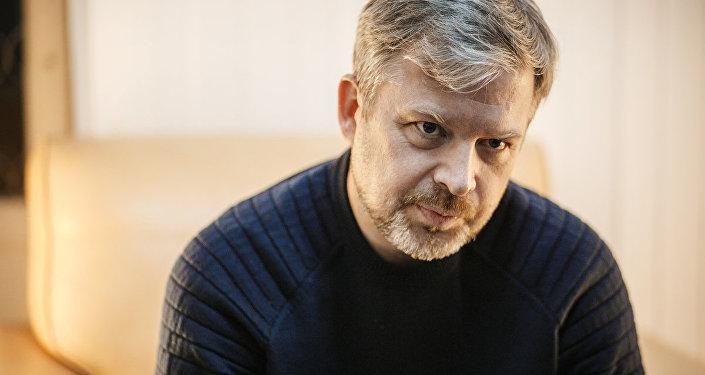 Latviešu izcelsmes Krievijas mūziķis, televīzijas raidījumu vadītājs un šovmens Valdis Pelšs