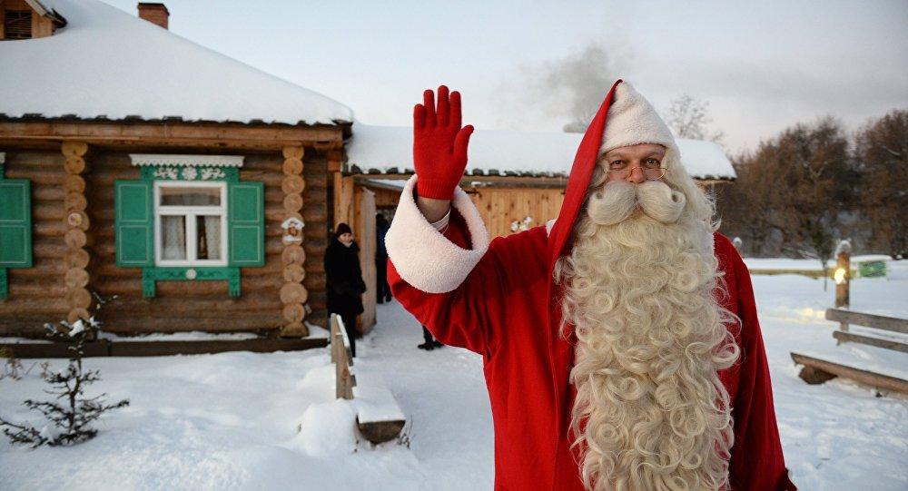 Жители страны придумали дарить на новый год подарки