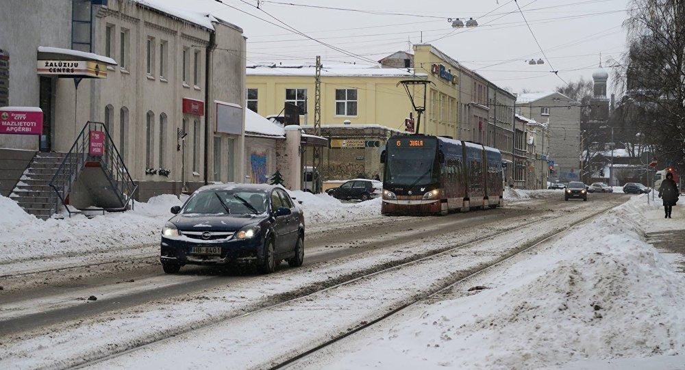 Последствия снегопада в Риге. Архивное фото
