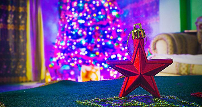 Звезда на елку