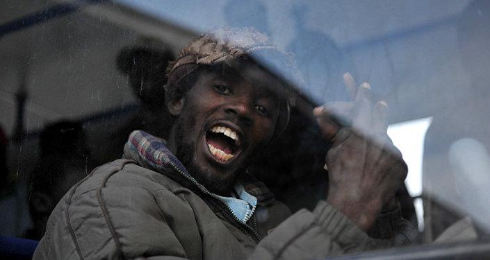 Мигрант из Африки