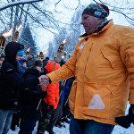 Raimonds Bergmanis personīgi paspieda roku visiem bērniem, kuri iestājās Jaunsardzē