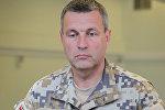 Nacionālo Bruņoto spēku komandieris Leonīds Kalniņš