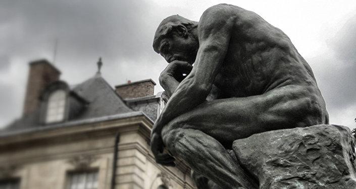 Скульптура Мыслитель Огюста Родена