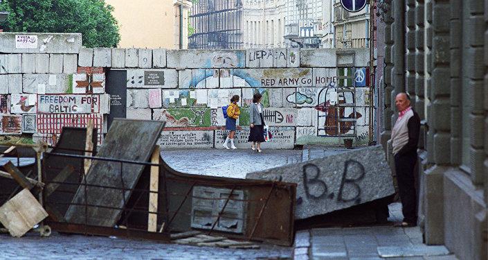 Баррикады в Латвии, архивное фото 1991 года