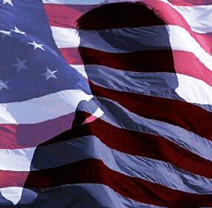 Тень Дональда Трампа на флаге США