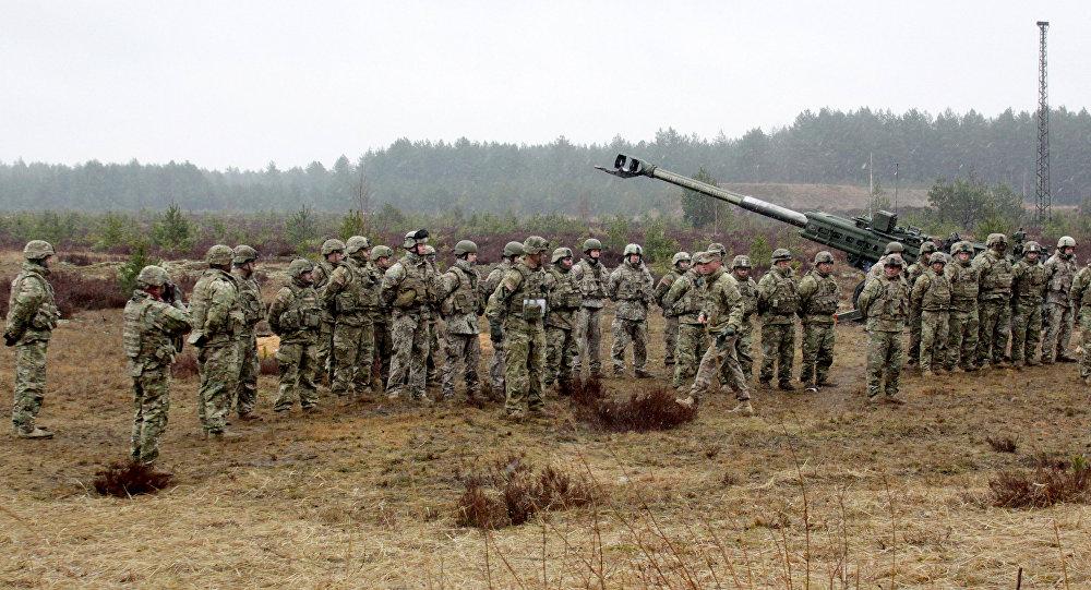 Militārās mācības. Foto no arhīva
