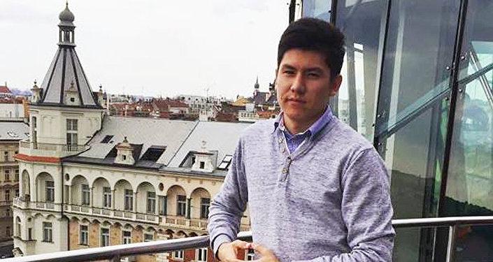 Махмуд Анваров