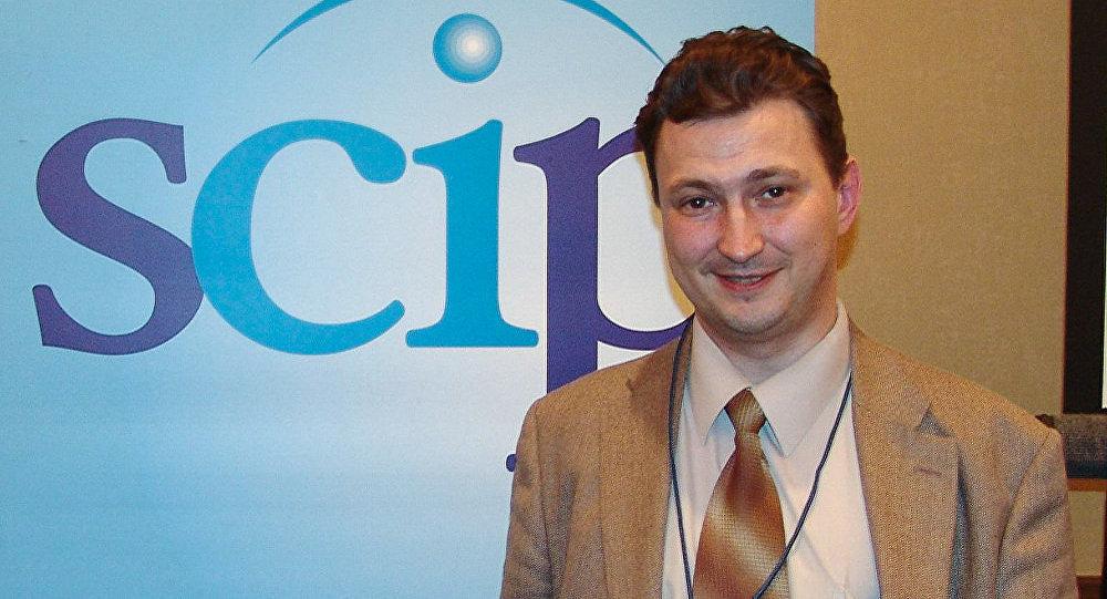 Эксперт по конкурентной разведке, профессор Уральского государственного экономического университета Евгений Ющук
