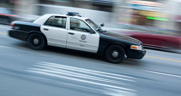 Policijas automašīna