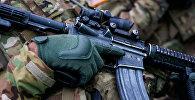 ASV armijas kareivis ar šauteni M 4